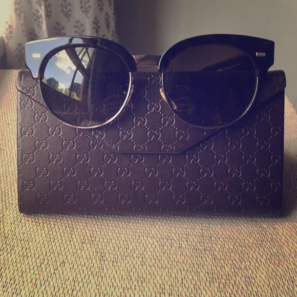 dd23d9b3975 Gucci Accessories - Gucci Clubmaster style Sunglasses